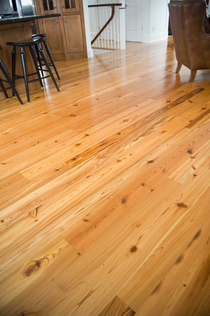 recaimed salvaged antique repurposed heart pine flooring rustic quartersawn and flatsawn on nantucket island massachusetts