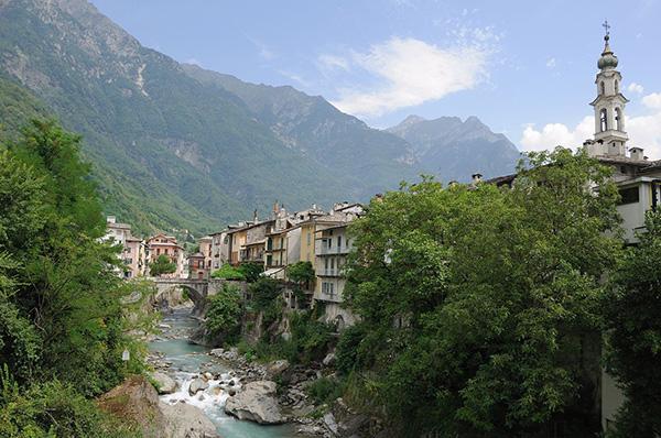 Chiavenna, Italy Image By Hansueli Krapf