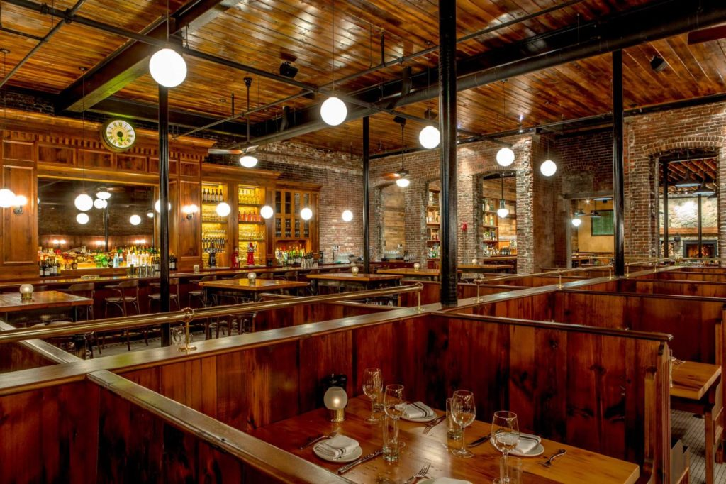 Capo Restaurant Reclaimed White Pine Booths