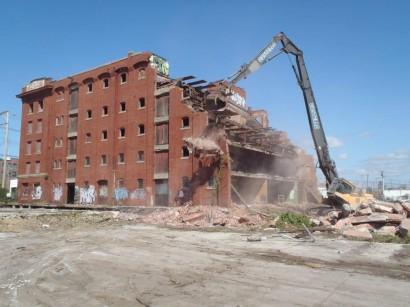 Atlas Terminal Warehouse Demolition