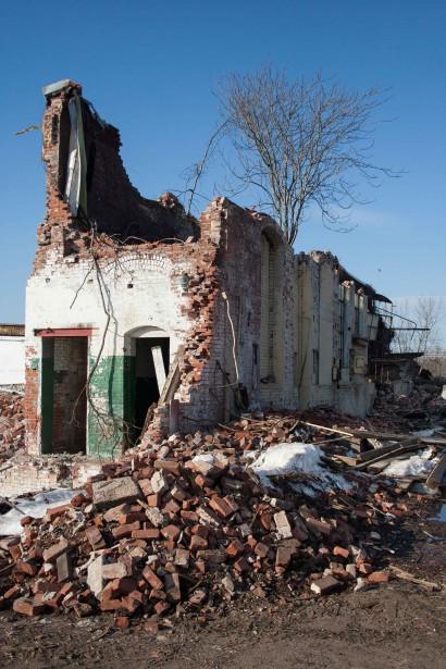 Crocker Manufacturing Company Mill Demolition in Holyoke, Massachusetts