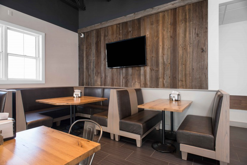 Reclaimed Barn Board Wall Paneling & Reclaimed White Oak Tables in Pomodori Restaurant, Georgetown, Massachusetts