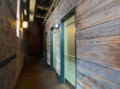 Reclaimed Barn Board Wall Paneling