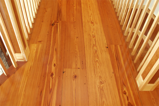 Longleaf Lumber Reclaimed Flatsawn Heart Pine Flooring