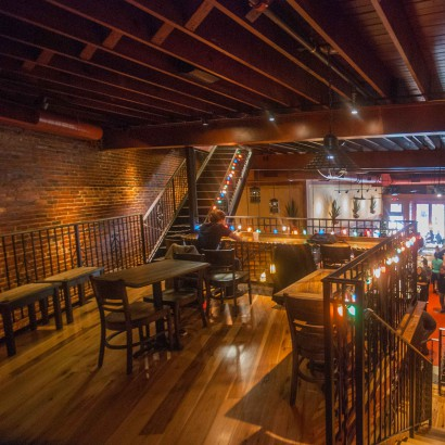 Reclaimed Hickory Wood Flooring in Harvard Square Bar & Restaurant