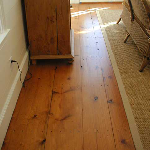 Rustic looking laminate flooring
