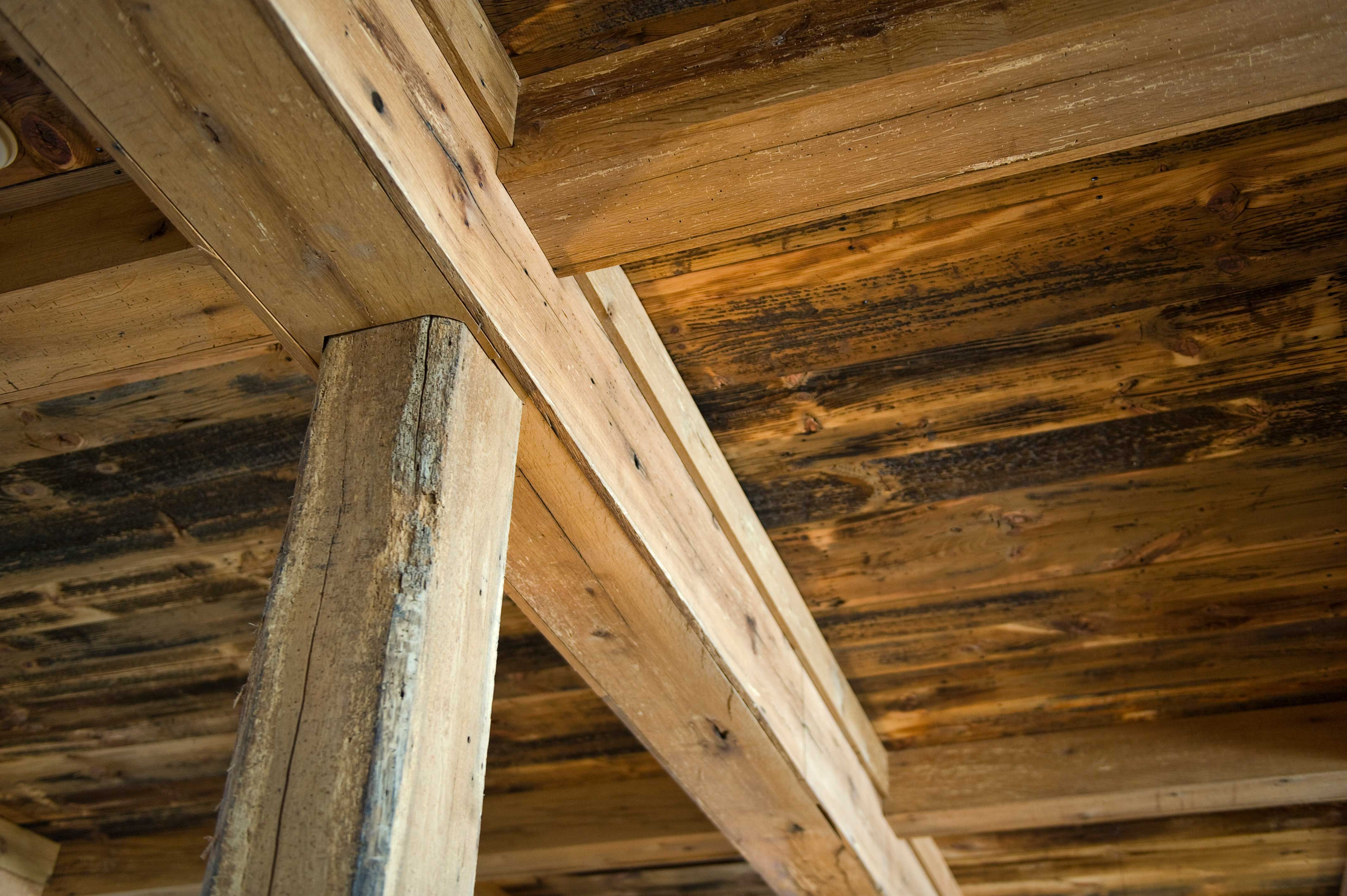 Longleaf Lumber Reclaimed White Oak Beam Casing