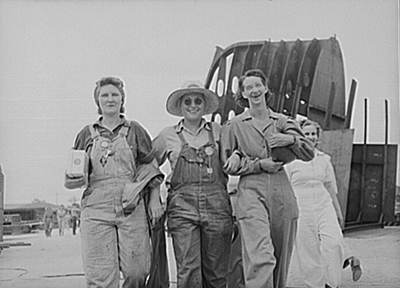 United States Women Shipyard Workers 1943